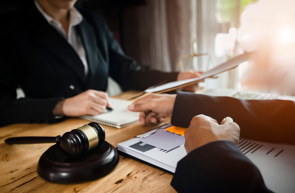 9-Reason-Why-You-Should-Hire-a-Business-Lawyer